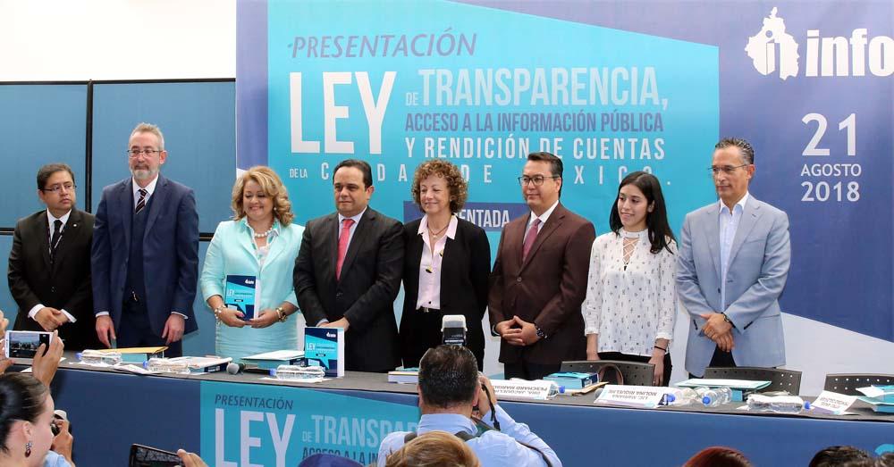 PRESENTACIÓN LEY DE TRANSPARENCIA COMENTADA 210818