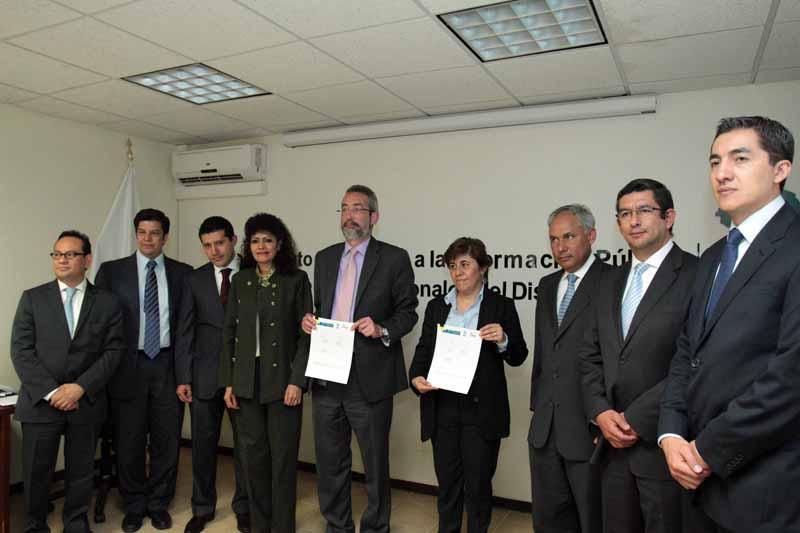 Firma Convenio IEDF