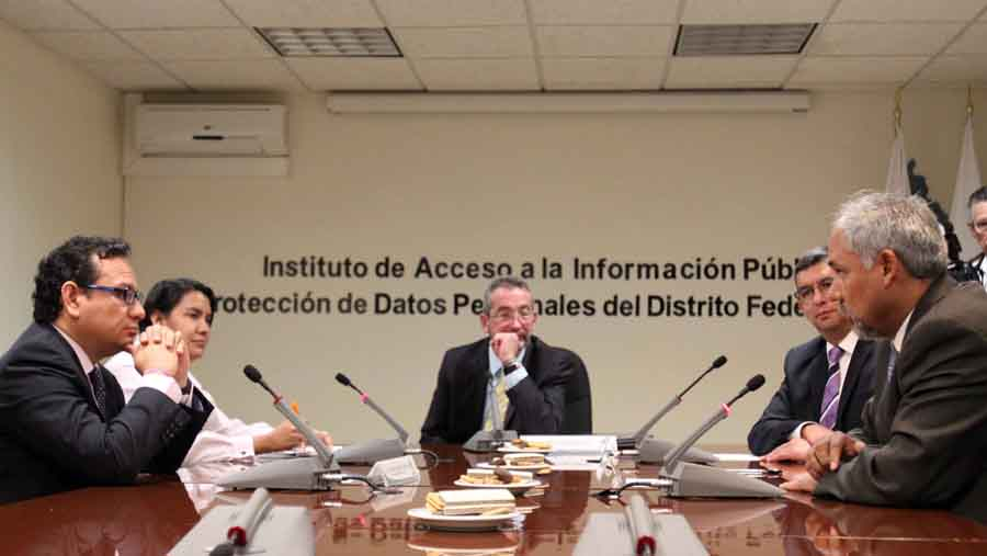 Visita institucional CDHDF