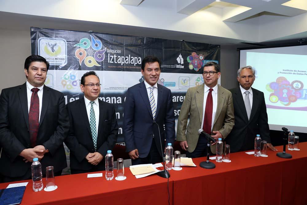 Conferencia de prensa Iztapalapa mayo 2014