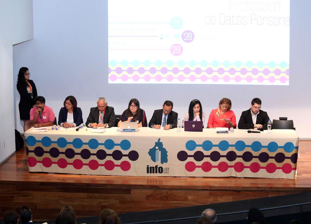 INFODF Y ORGANIZACIONES CIVILES FIRMAN PRINCIPIOS EN DEFENSA DE LA PROTECCIÓN  DE DATOS PERSONALES